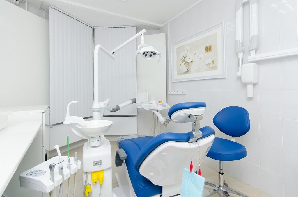эконом стоматология в Москве